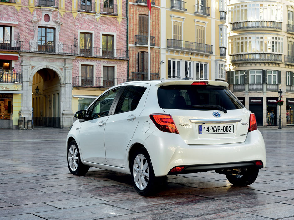 Toyota Yaris Prive Lease LCX Lease Achter